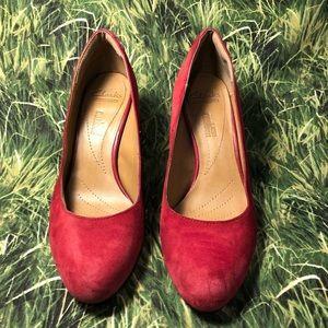 👠Clark's Red suede heels 👠